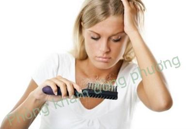 Các triệu chứng bệnh rụng tóc từng vùng điển hình nhất