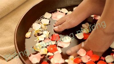 Nguyên nhân gây bệnh nấm móng tay chân