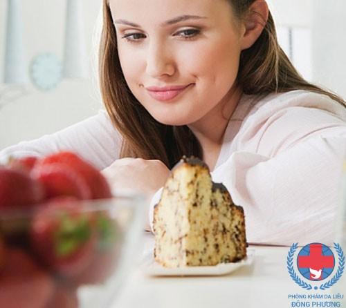 Đồ ngọt cần tránh xa khi bị ngứa da
