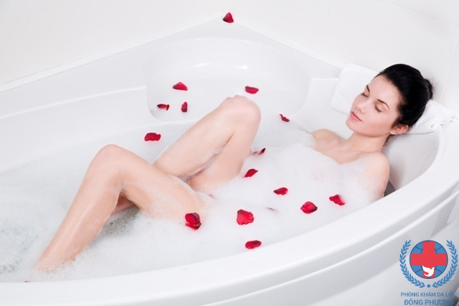 Bệnh ngứa sau khi tắm do dùng sữa tắm không hợp lí