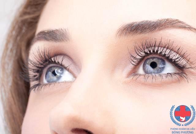 Bệnh vảy cá ở mắt lí giải nguyên nhân gây bệnh