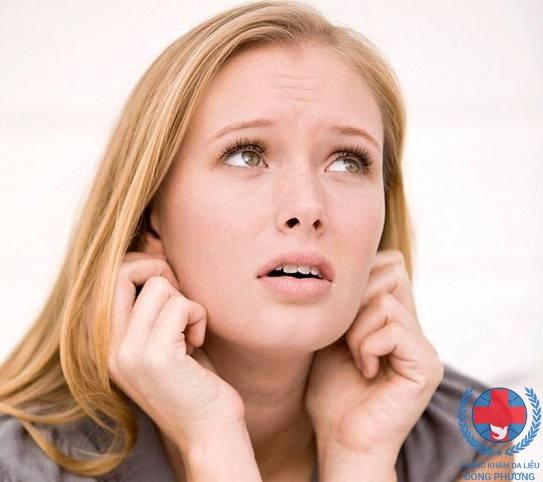 Bệnh ngứa vành tai là gì ? Giải pháp nào cho căn bệnh này ?