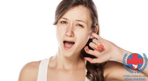 Bệnh ngứa vành tai làm thế nào ?