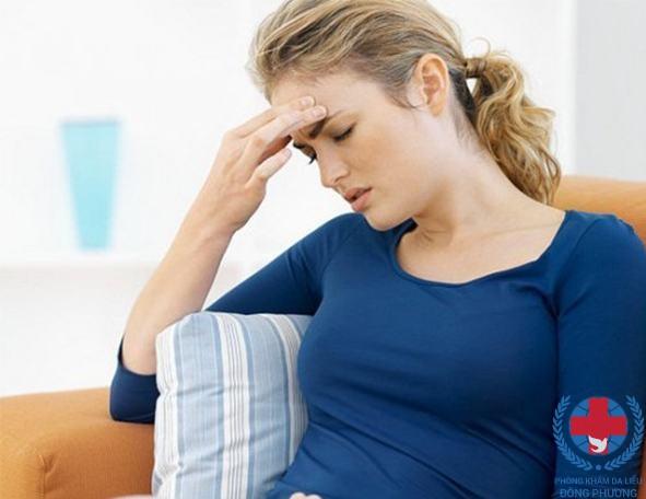 Bệnh vảy nến ở lưng có thể do tâm lí không ổn định