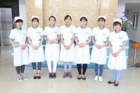 Đội ngũ nhân viên Đông Phương