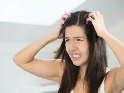 Chia sẻ về tình trạng viêm da đầu có mủ