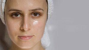 Tìm hiểu về viêm da dầu ở cánh mũi