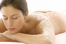 Chia sẻ về cách trị viêm nang lông bằng muối trắng